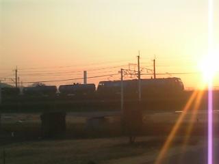 武蔵野貨物線とEH200
