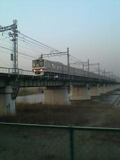 聖蹟桜ヶ丘多摩川橋梁の京王8000