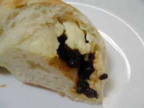 グランディール クリーミーチーズ&山ぶどう3