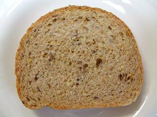 B&C 9種穀物パン