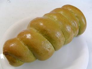 モミパン 抹茶あんクリチコロネ1