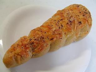 彩ちゃん タラモチーズベーグルコロネ1
