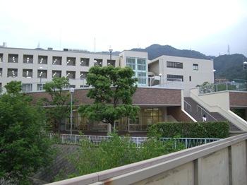 新鶴甲キャンパス