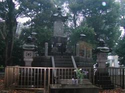 上野公園、彰義隊墓