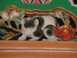 眠り猫(左甚五郎作)