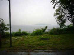富川八幡宮境内から見る函館方面