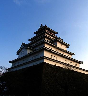 tsurugajo_01.jpg