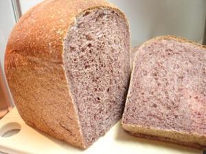 黒髪米のパン1