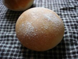 丸パン051004