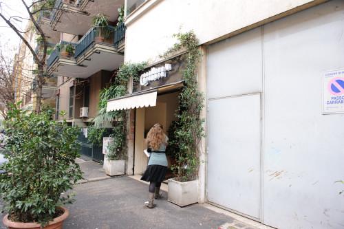 レストランの入り口