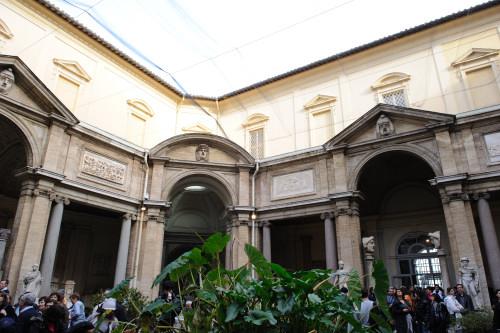 ピオ・クレメンティーノ美術館1