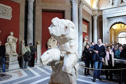 ヴァチカン美術館の彫刻5