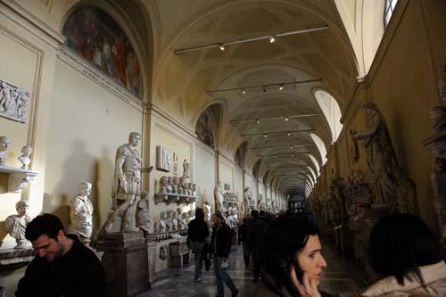 ヴァチカン美術館の彫刻1