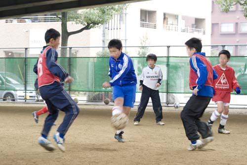 サッカー少年1