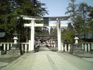 上杉神社正面