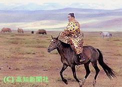 朝青龍モンゴルを駆ける