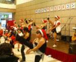 サンタのダンサー