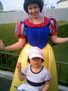 白雪姫とリナ
