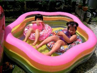 お庭プール`08