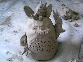 粘土トトロ