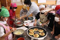 いそべ 小学校お芋パーティー(収穫祭)