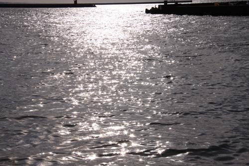 岩船港 冬の日本海 いそべ