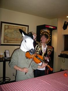 HorsePlayingOryosan.jpg