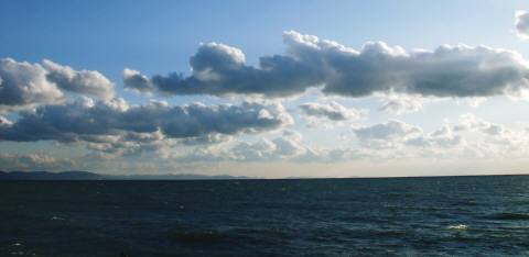 海と雲-2
