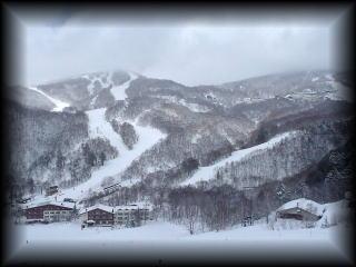 ski040103.jpg