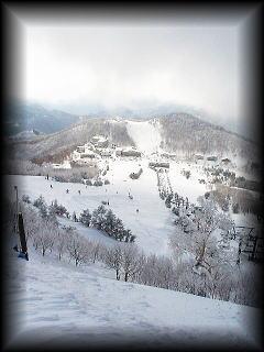 ski040104.jpg