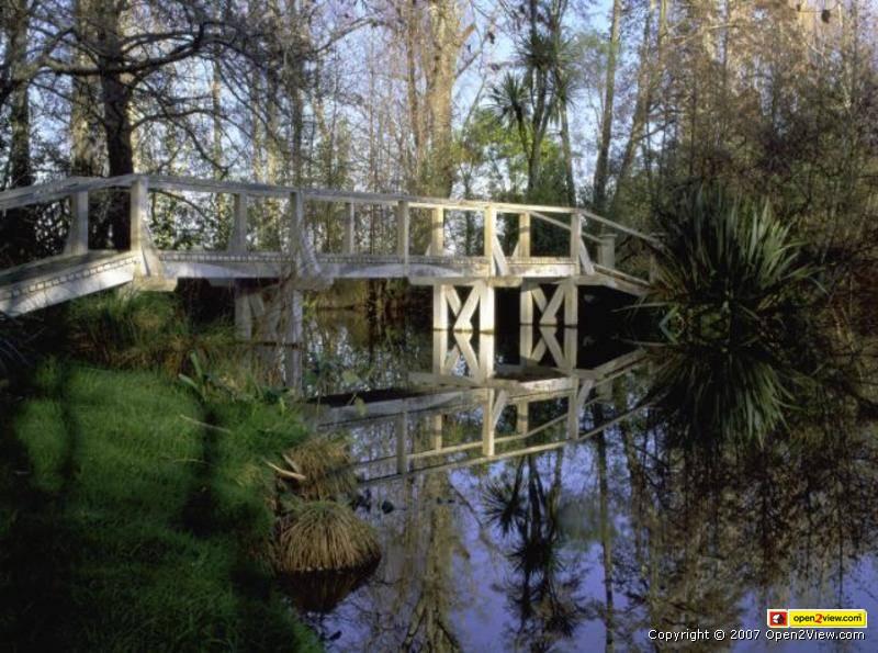 ロスロリアンの橋