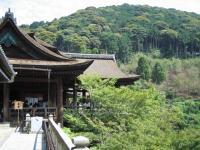 清水寺本堂へ