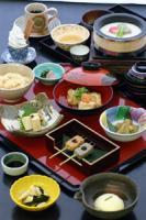 湯葉と豆腐がメインの料理♪