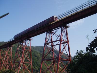 電車、走る