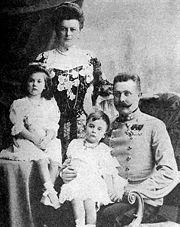フランツ・フェルディナント大公とゾフィーと子ども達