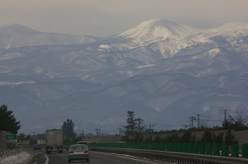 高速から見える会津磐梯山