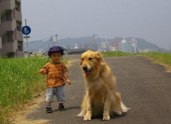 歩くKai君