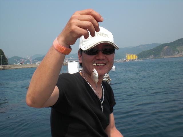 タナゴ釣りみたい・・