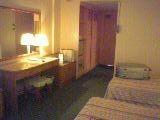 518-room3.jpg