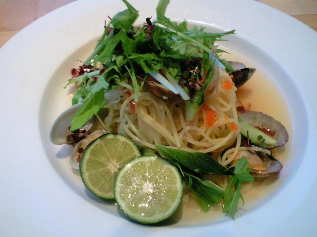 活アサリと和野菜の冷製フェデリーニ