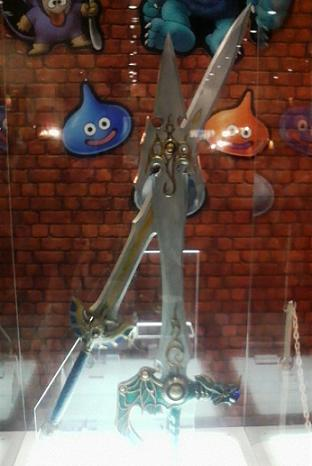 Vジャンカードフェスタ・スクエニブースの剣