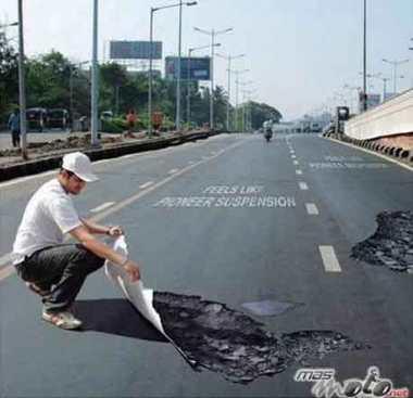 Hole-in-Road-1.jpg