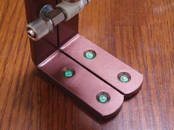 電磁弁固定台足表