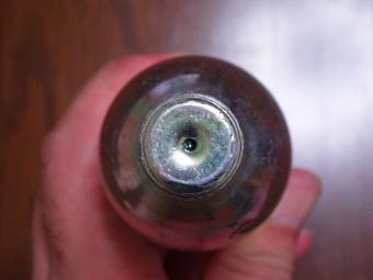 ボンベの穴