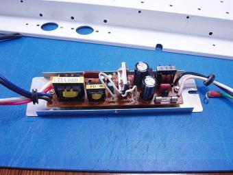 移植されるインバーター回路