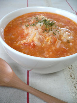 ふんわり卵のトマト雑炊