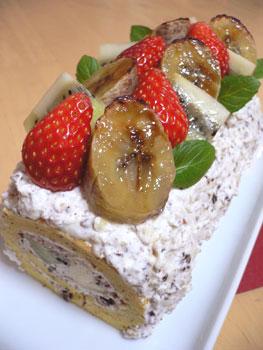 バナナとキウイのズコットロールケーキ