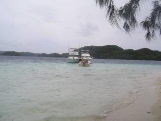 イノキアイランドとボート