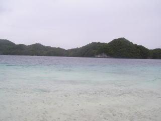 ガルメアウス島から見たイノキアイランド