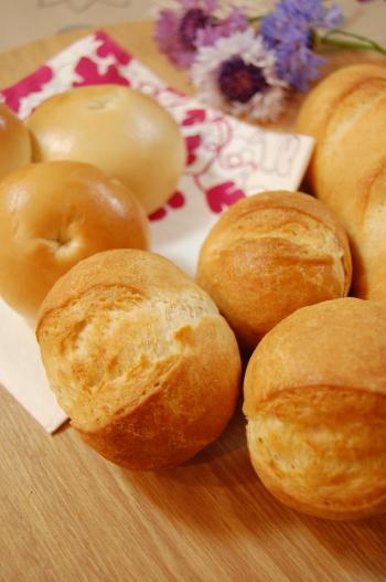 ベーグルといつものフランスパン